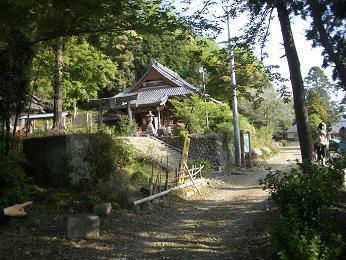 田舎の近くの寺3.JPG